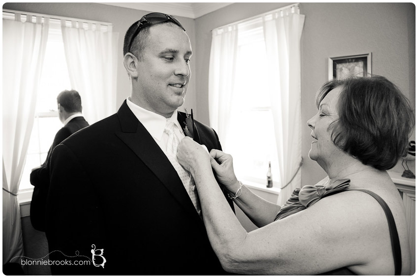Wedding at Swan Habor in Havre de Grace, Maryland