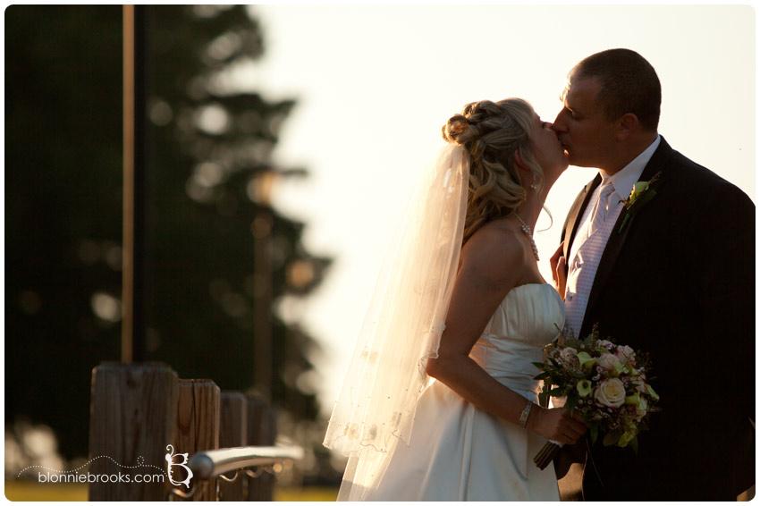 Wedding at Swan Habor in Havre de Grace, Maryland